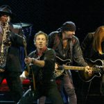 Bruce-Springsteen-The-E-Street-Band-220x200