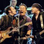 Bruce-Springsteen-20120618-08